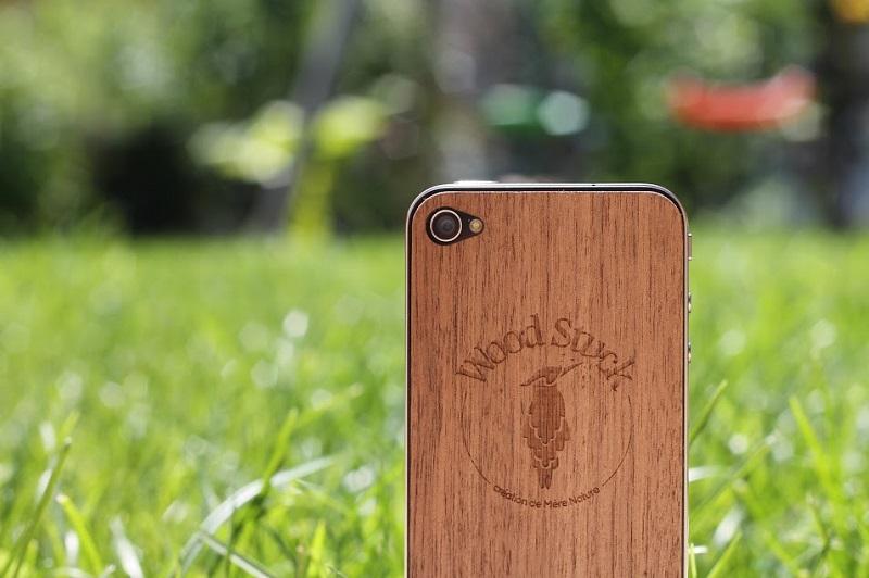 coques-pour-iphone-en-bois-woodstuck-2